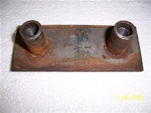 transmission cross member insulator support used