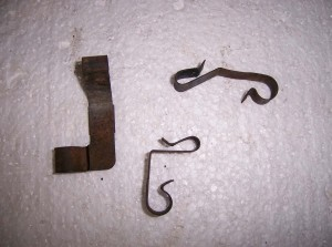 WINDSHIELD WIPER HOSE CLIPS 3 USED